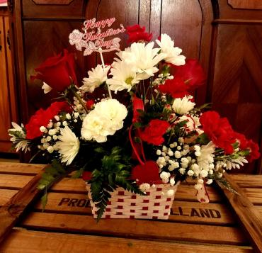 Valentine Basket Bouquet
