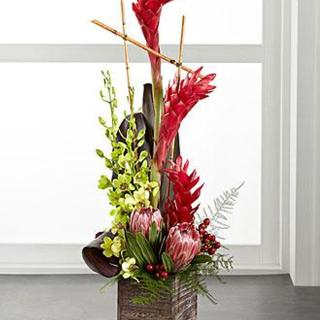 Tropical Bright Arrangement