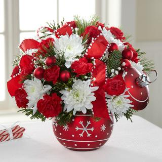 The Season\'s Greetings Bouquet