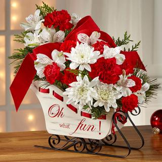 The Holiday Traditions Bouquet